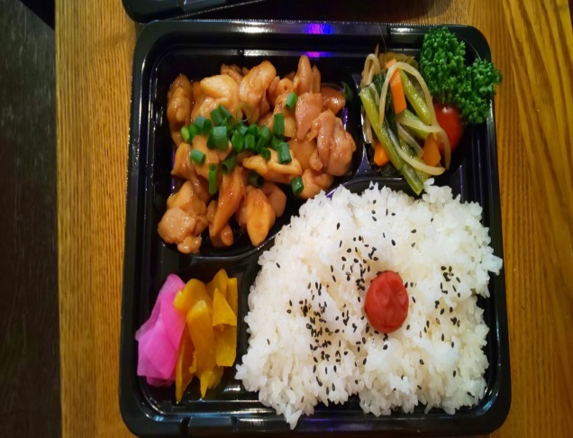 【日常の一コマ】ともしびショップ「さんご食堂」でお弁当販売してます!